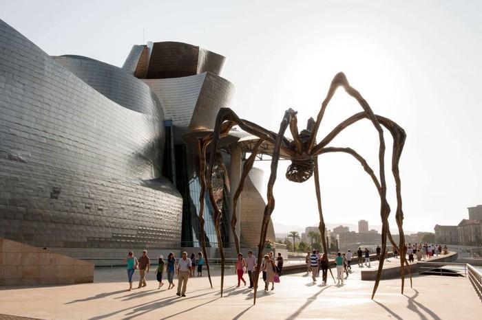 Hemen, Guggenheimen herrian