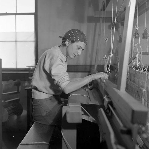 Anni Albersen 'Ikusmena ukitu' erakusketa jasoko du Guggenheimak urrian