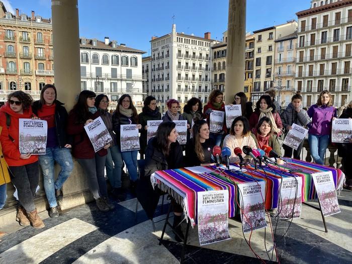 Martxoaren 8an borrokara batzeko dei egin du Euskal Herriko Mugimendu Feministak