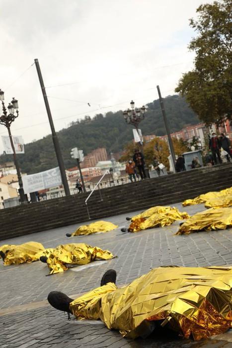 Euskal Herrian gertatutako 52 lan heriotzak salatu ditu Ernaik