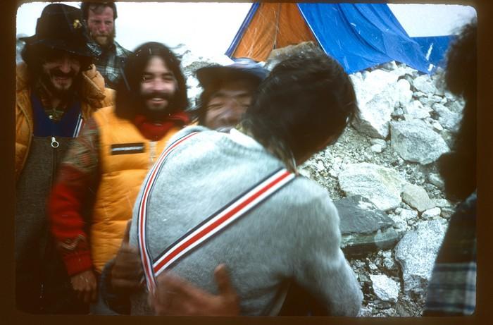Euskal Espedizioa Everest gailurrean Emilio Hernandoren argazkietatik gogoratzen - 8