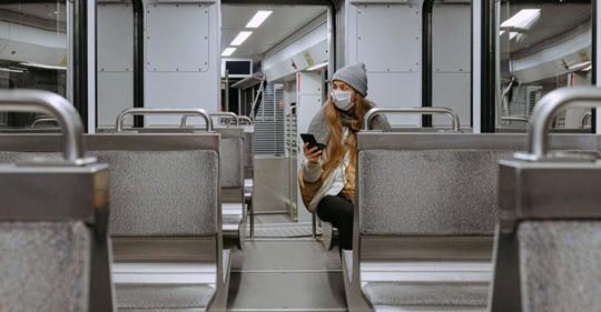 Pandemia: Apple eta Googlek herritarrak arakatzeko proiektu bateratua abiatu dute