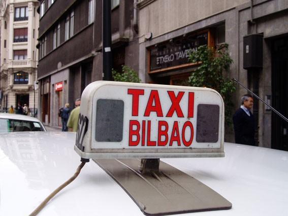 Emakume taxistek elkarretaratzea egingo dute Bilbon