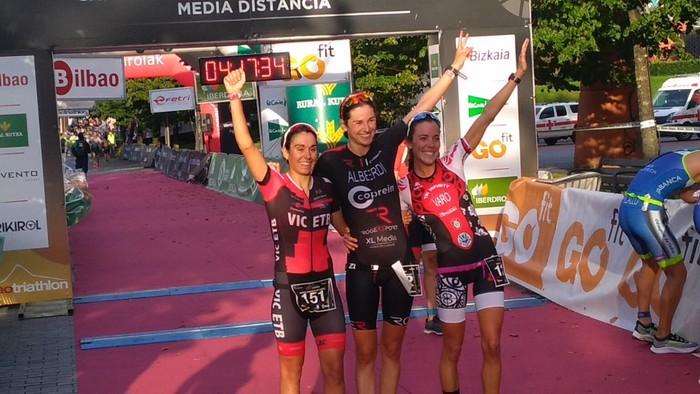 Helene Alberdi Bilboko triatloiko garaile