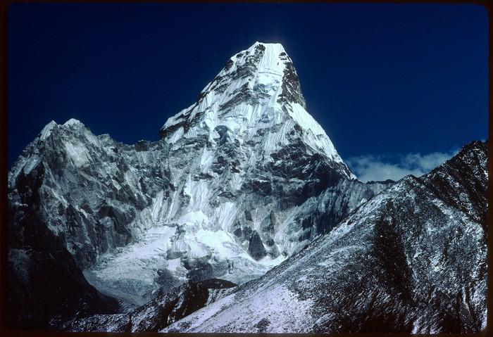 Euskal Espedizioa Everest gailurrean Emilio Hernandoren argazkietatik gogoratzen - 11
