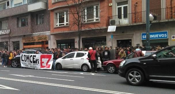 Inposaturiko LOMCE eta Heziberrieren aurka mobilizatu dira ikasleak IAk deituta