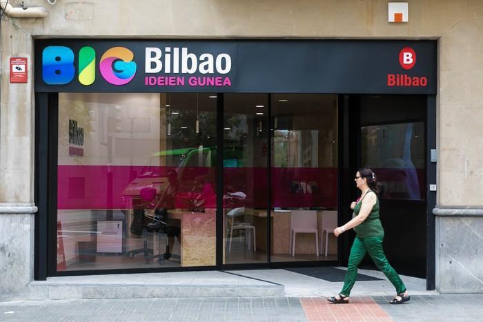 Udalak eta Kutxabankek hitzarmena sinatu dute enpresa proiektu berrien finantziaketa errazteko