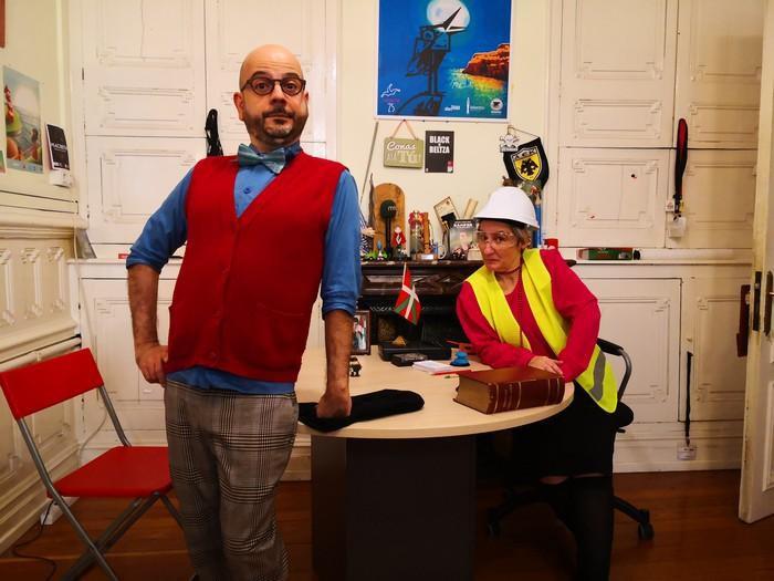 'ETAren Agiri bulegoa' metraileta baten erritmora bizi den komedia