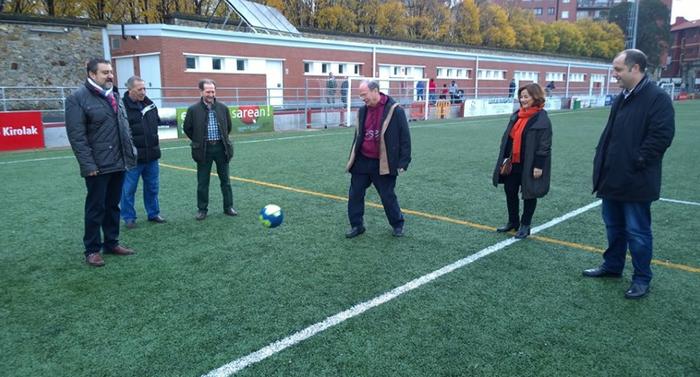 Aldagelen eraikin berria dute Mallonako futbol zelaian